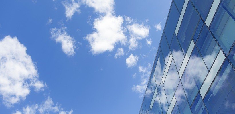Selecting a cloud service provider for backing up public debt databases